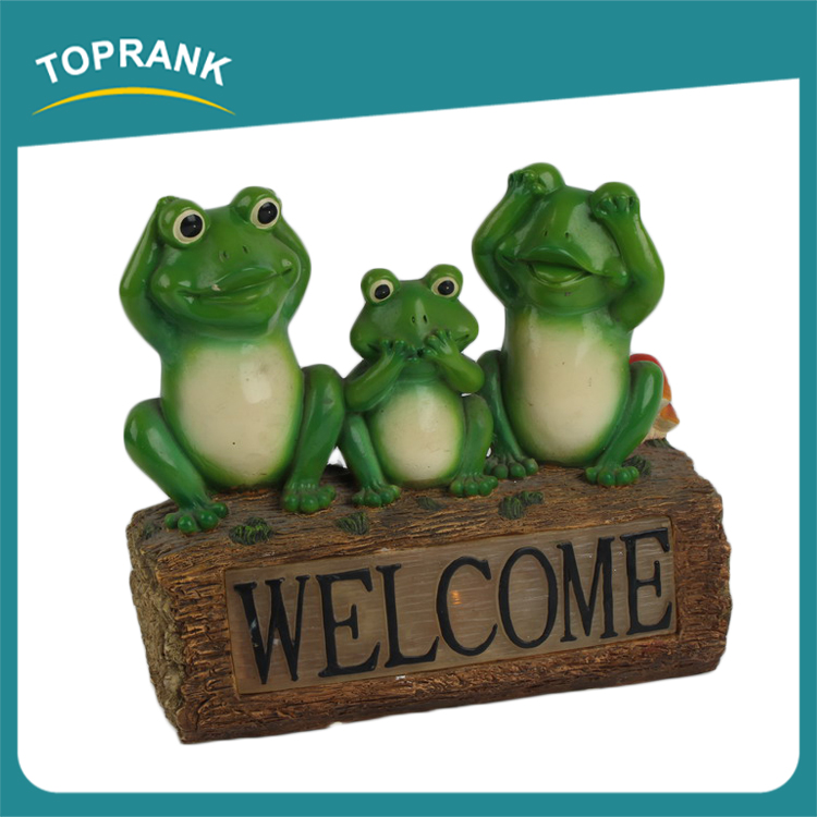Outdoor decoration solar powered frog resin lamp glow in the dark garden ornament