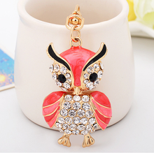 promotion yiwu home decoration rhinestone initial owl metal keychain for souvenir