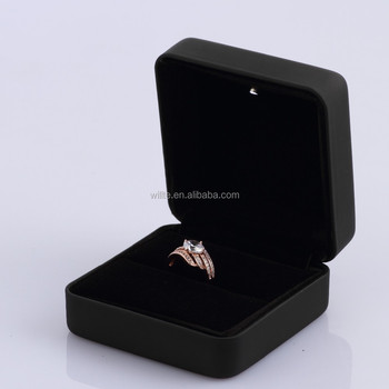 black velvet inside jewellry ring box with led