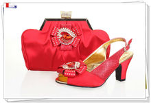 Woman Italian shoes and matching handbags set for wedding in red