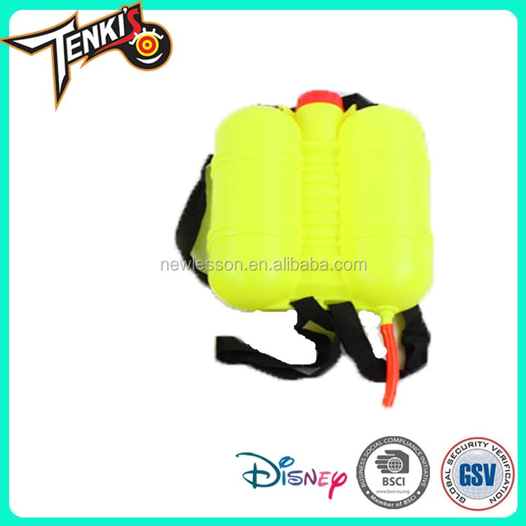 Easy carry PP material toys cartoon Backpack water gun toy for children