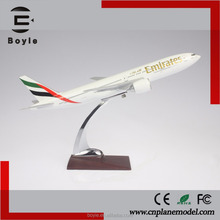 Resin B777 manufacturer Emirates airline boeing decorative used diecast model airplane for birthday gift