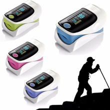 2016 AA Battery operated free bluetooth fingertrip pulse oximeter