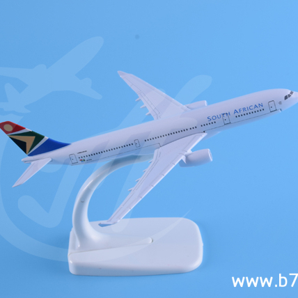 330 South African airway airline voyage aviation airplane models metal alloy