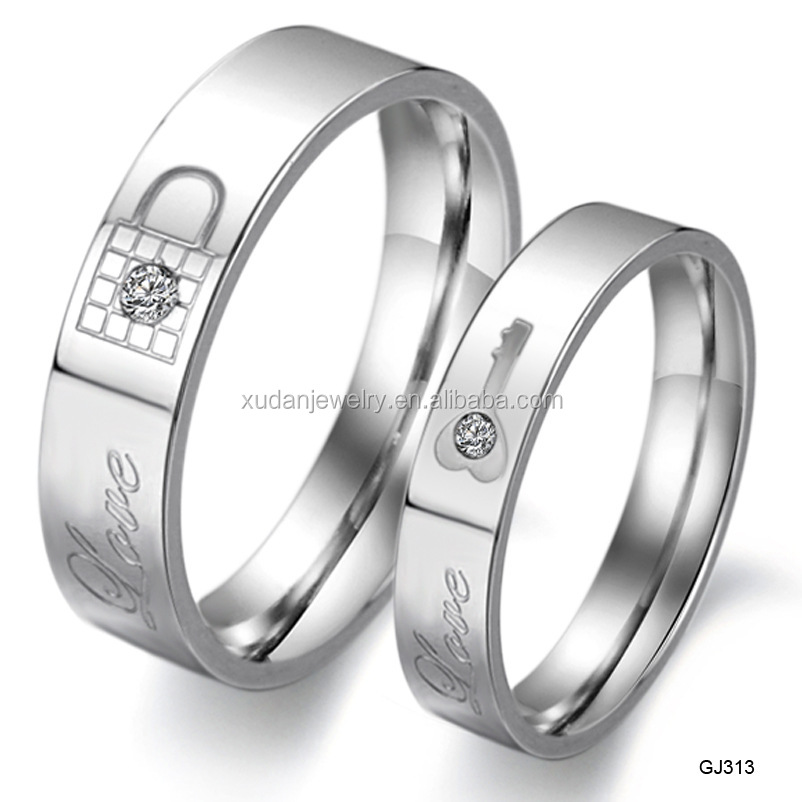 White K diamond inlaid stainless steel key lock love couple rings of titanium steel lettering confession Ring