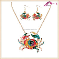 Fashion women enamel crab charm pendant necklace and earrings jewelry set