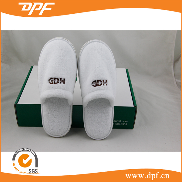 2015 new hotel slippers machine From China
