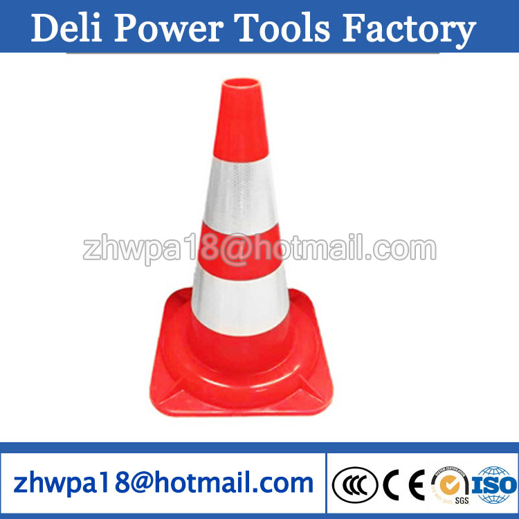 road traffic cones WITH REFLECTIVE CONE SLEEVE