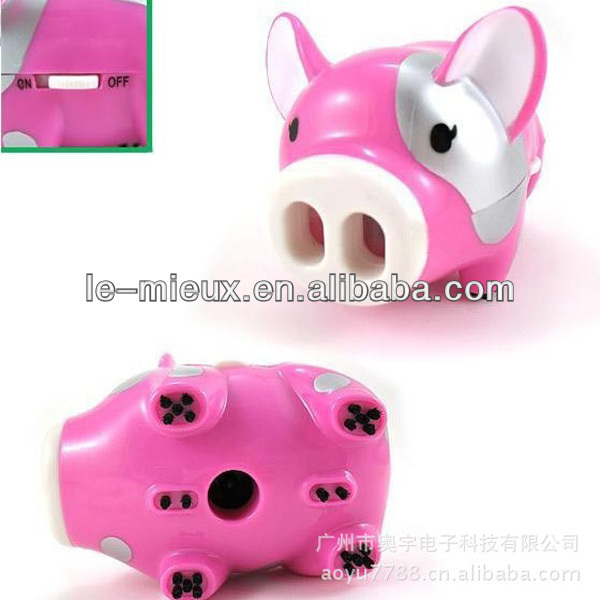 Mini Fly Pig Desk Vacuum Cleaner