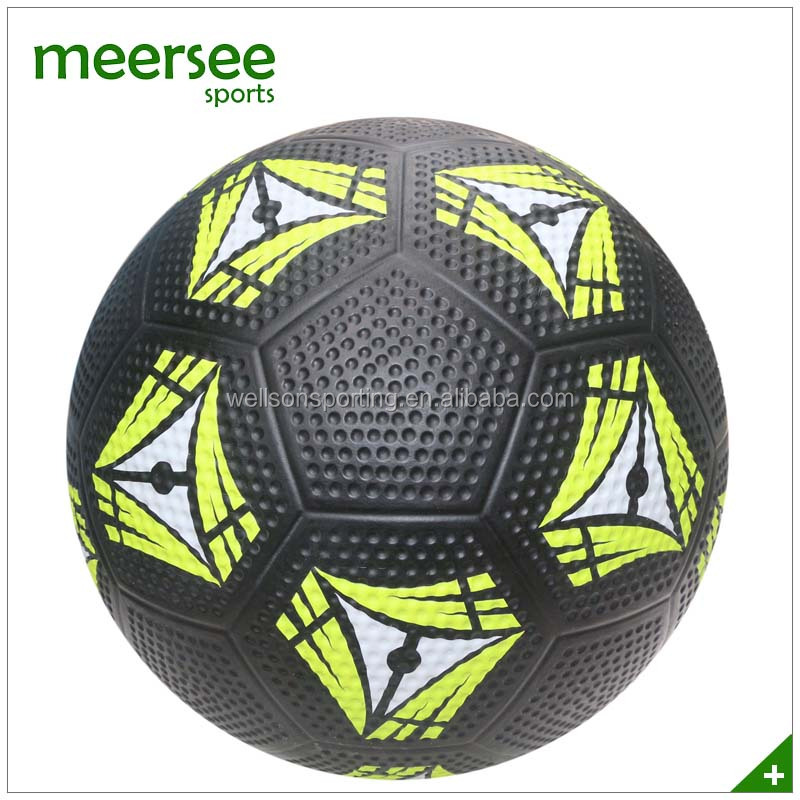 Factory directly sales black Golf Surface rubber soccer ball africa