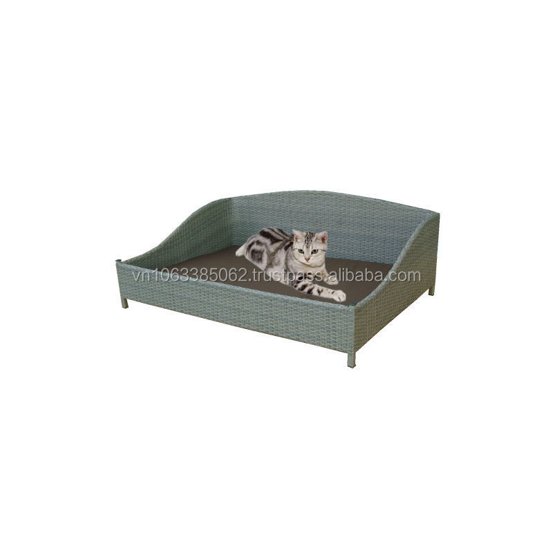Synthetic rattan cat/dog bed