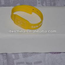 Good quality top sell rfid silicone wristband sri512