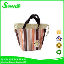 Outdoor fitness nonwoven insulated cooler lunch bag