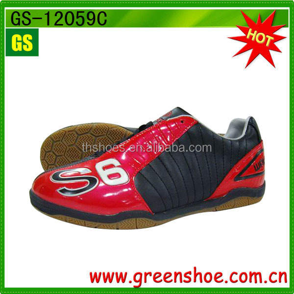 hot sell soccer shoes