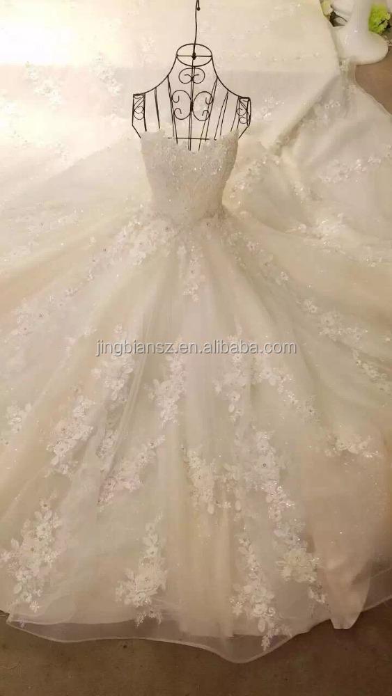 Latest Design Real Sample Flower Decoration Beautiful Bridal Wedding Dress Ow1100