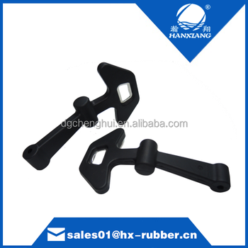 Customize Fish Shape T Rubber Catch Latch with Wine Opener