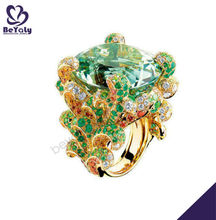 Green stone engraved beauty gold covering fashion jewellery