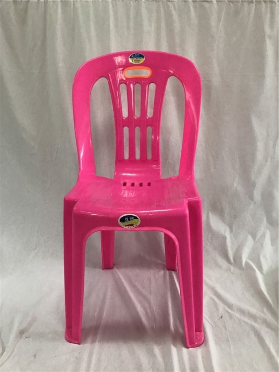 adult plastic dining chair
