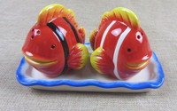 Hot Sell fish shape salt and pepper shaker with dish