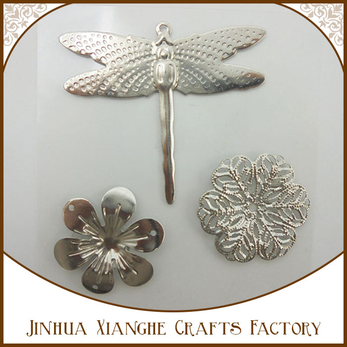 Low Price Metal Charms Dragonfly Pendant Alloy Flower Charms For Dectoration