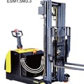 Electric Reach Stacker for double decked pallet