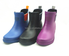 Best selling Environmental lovely and beautiful yellow women rubber rain boots