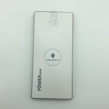<strong>Portable</strong> 8000mah qi wireless power bank for mobile phone