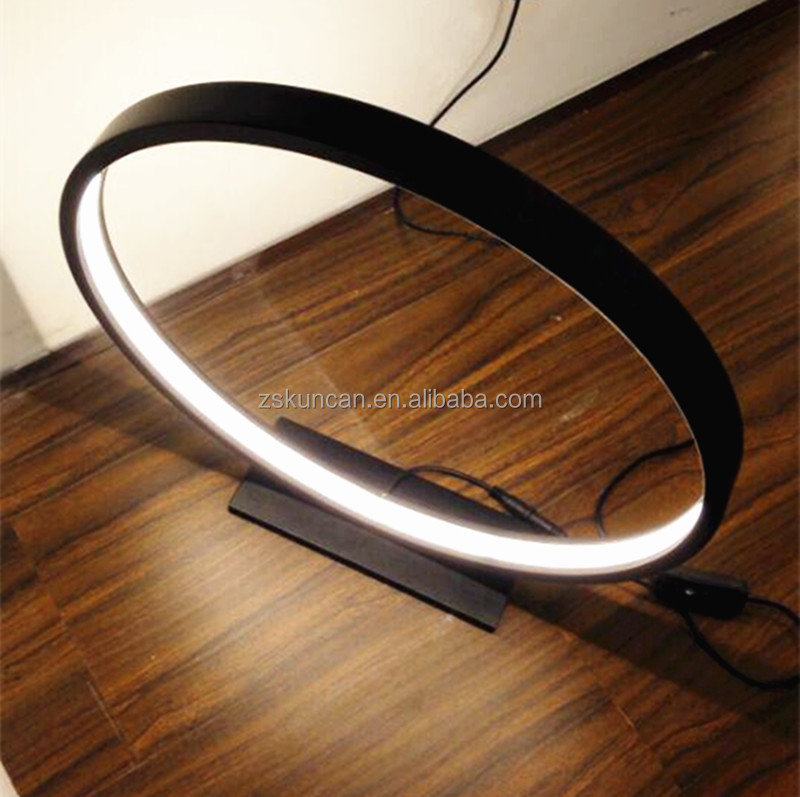 Incroyable Circle Black Led Table Lamp For Interior Decoration
