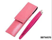 Magic large slanted tip eyebrow tweezer in leather case