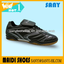 Latest Products--Men's Cool Design Black Indoor Soccer Shoes with High Quality Comfortable Natural Rubber Outsole
