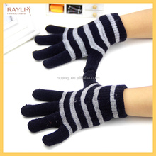 2016 Fashion Winter Warm Student Writing Gloves Magic Gloves for Kids