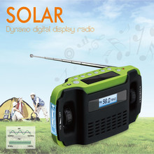Crank Digital Emergency Solar Radio Flashlight Charger