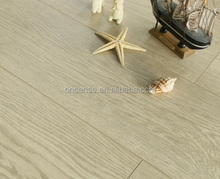 Thickness 12mm lighter tone laminate flooring with oak grain