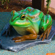 Zigong Factory price Water Park Decoration Animated Frog Model