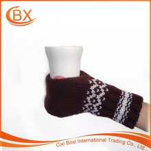 Customized Logo Men Women Winter Wool Drinking Beer Glove