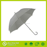 Outdoor auto open cheap walking stick straight rain black&white umbrella