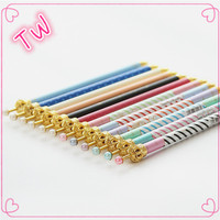 Top sale guaranteed quality stationery items for schools ,Beautiful pearl beaded metal crown shape ballpoint pen