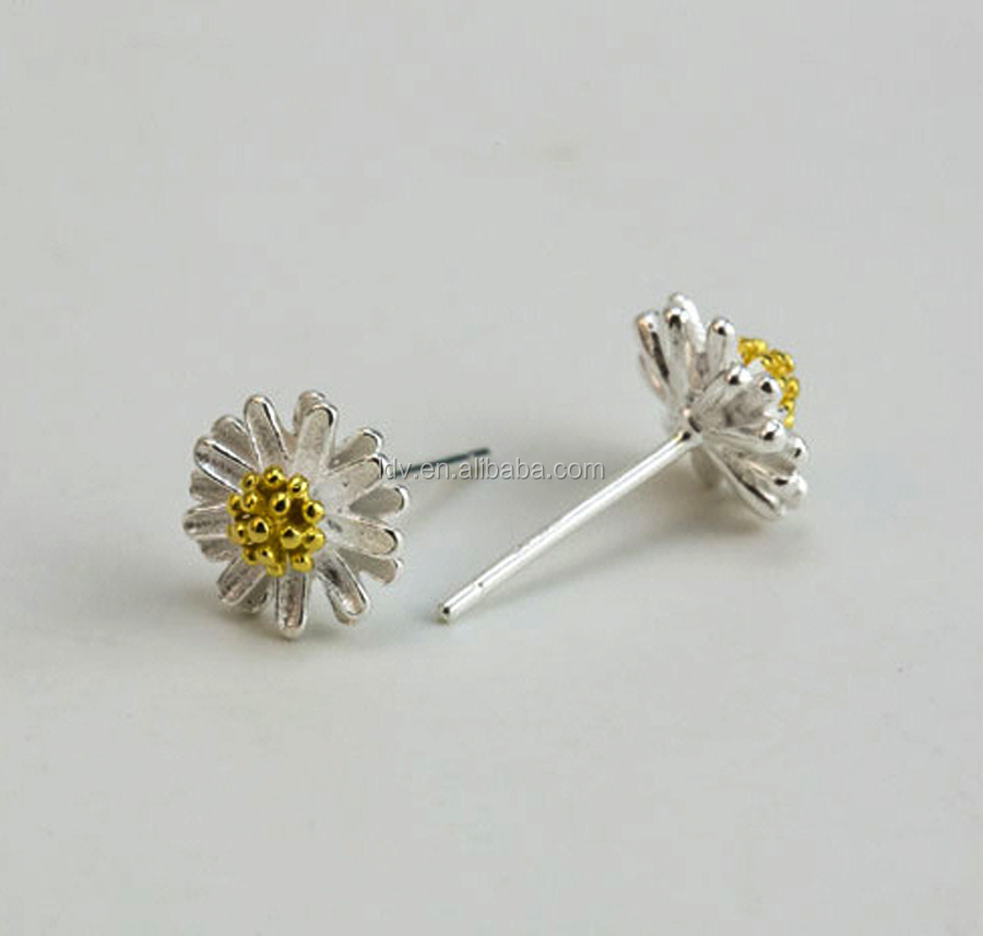 Tiny charming daisy flower earrings 925 silver stud buy for Gemsprouts tiny plant jewelry