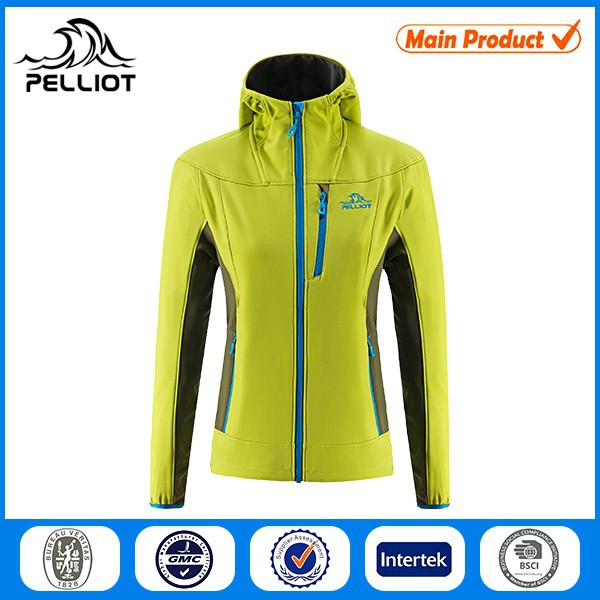 2016 New Style 100% Polyester Waterproof Softshell Jacket Women