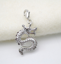 DSC 8993 Yiwu Huilin jewelry Custom shape silver plated chinese dragon charm pendant