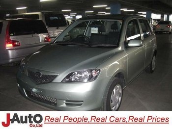 2004 Mazda Demio DY3W Japanese Used Car