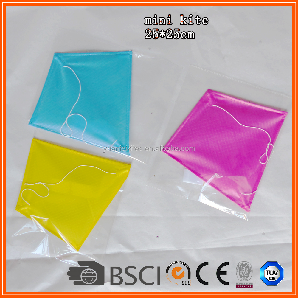 Chinese promotional cheap diamond paper kite from the kite factory