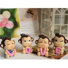 wedding love couples gift home anaimal decoration momkey figurine resin accessories wholesale household doll ornament handicraft