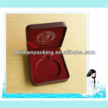 Factory wholesale pillow leather and plastic box