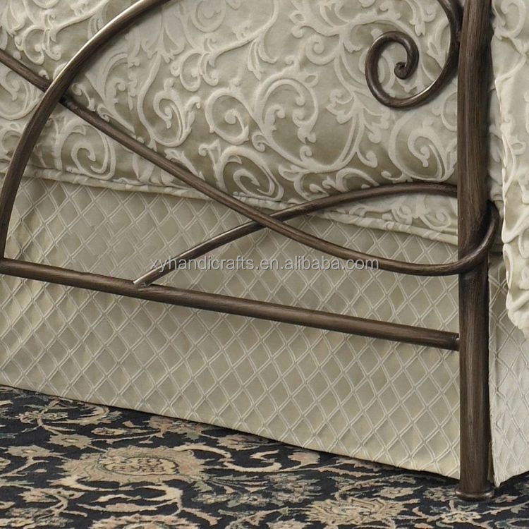 Useful fast delivery wrought iron platform metal bed