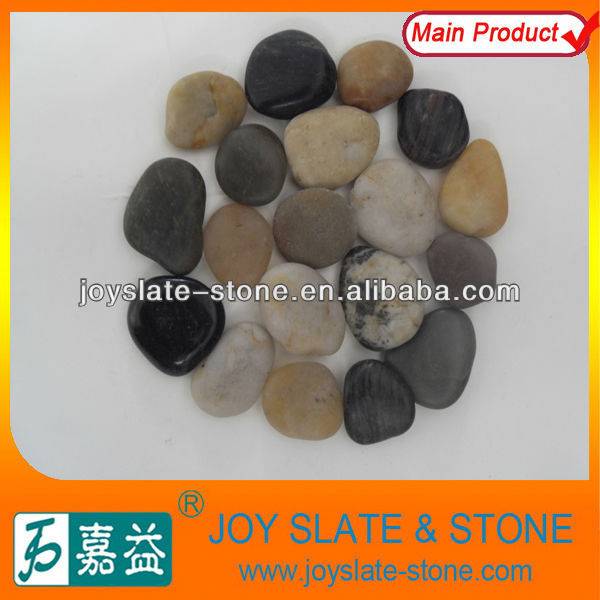 garden pebble stone decoration