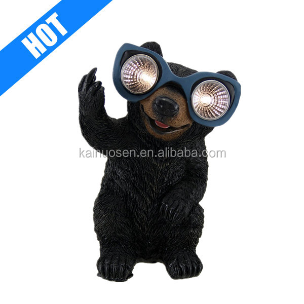 custom hand painted black color resin solar light bear