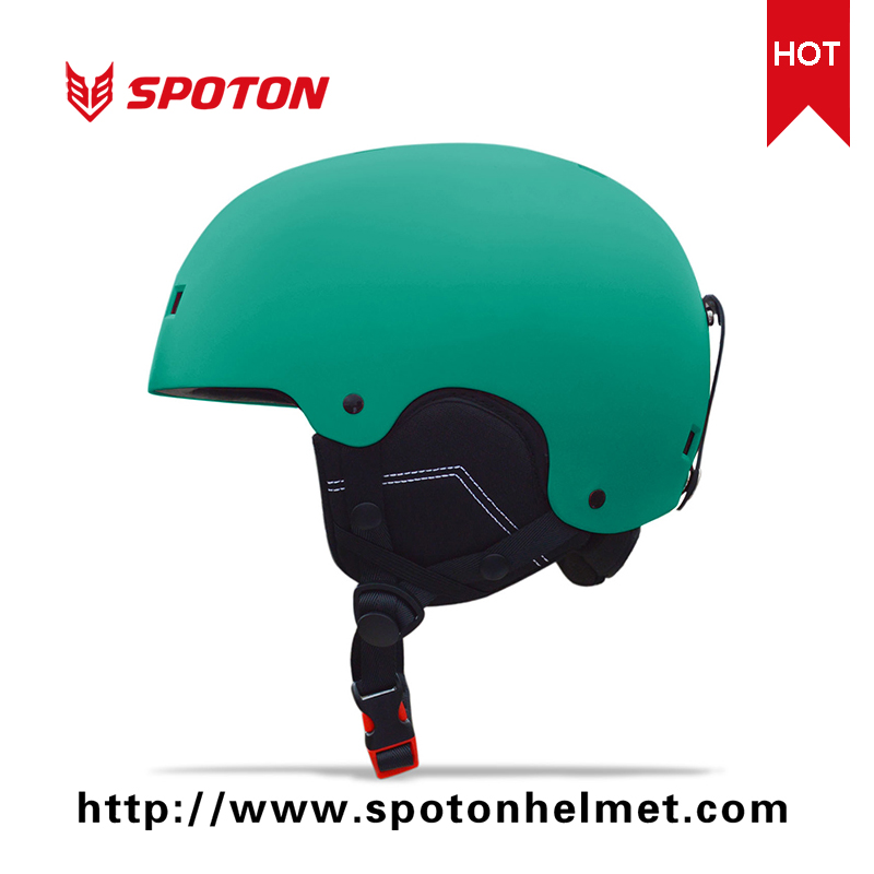 Warm Ce Approved Fashion Ski Helmet For Winter Sports