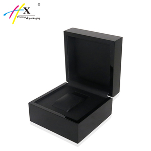 High glossy piano finish black wooden watch box custom