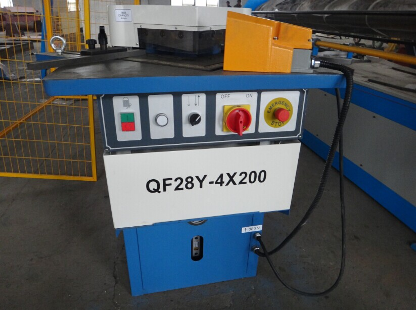 factory supply 90 degrees hydraulic angle cutting machine